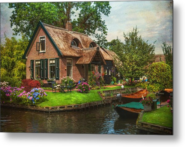 Fairytale House. Giethoorn. Venice Of The North Metal Print