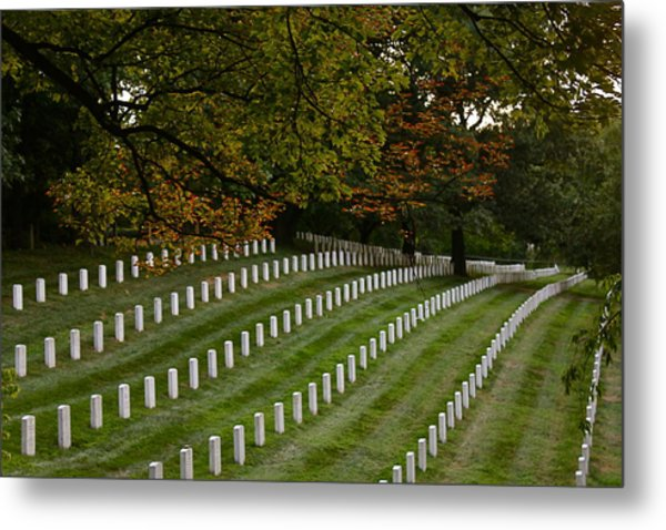 Fall At Arlington Cemetery Metal Print by DustyFootPhotography