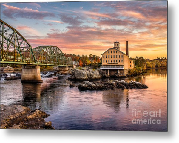 Fall Morning Across From The Bowdoin Mill Metal Print