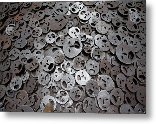Fallen Leaves Metal Print by Thomas Glover
