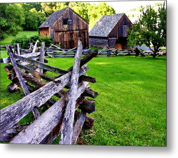 Fences At Burnside Plantation Bethlehem Pa Metal Print