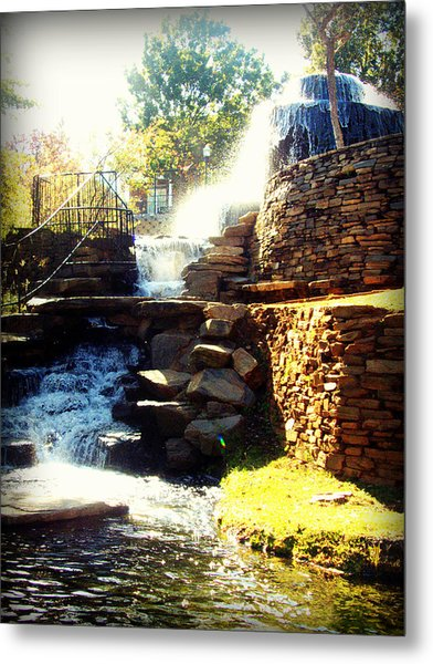 Metal Print featuring the photograph Finlay Park Fountain by Lisa Wooten
