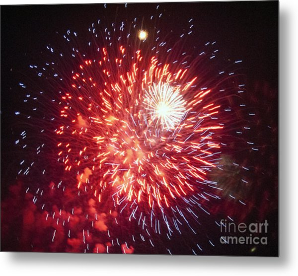 Fireworks 1 Metal Print by Leslie Cruz