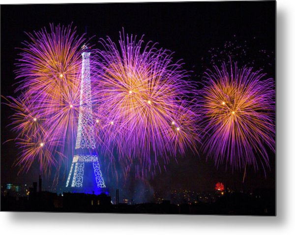 Fireworks At The Eiffel Tower For The 14 July Celebration Metal Print by Laurent Lothare Dambreville