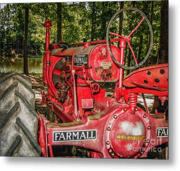 Flash On Farmall Metal Print