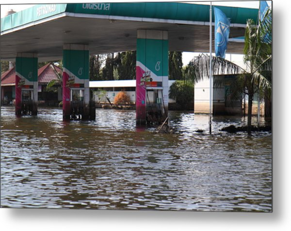 Flooding Of Stores And Shops In Bangkok Thailand - 01135 Metal Print by DC Photographer