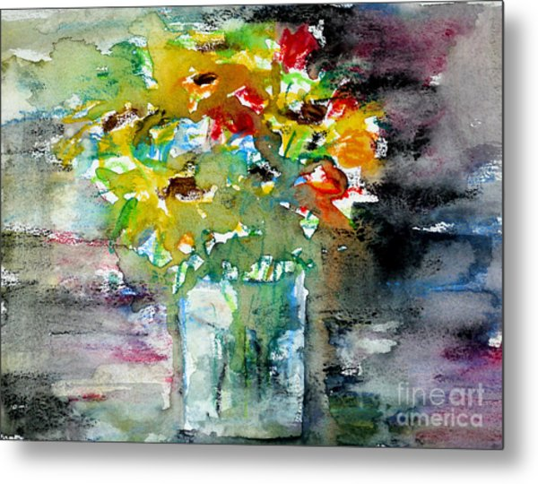 Floral Bouquet In Water Glass Metal Print by Almo M