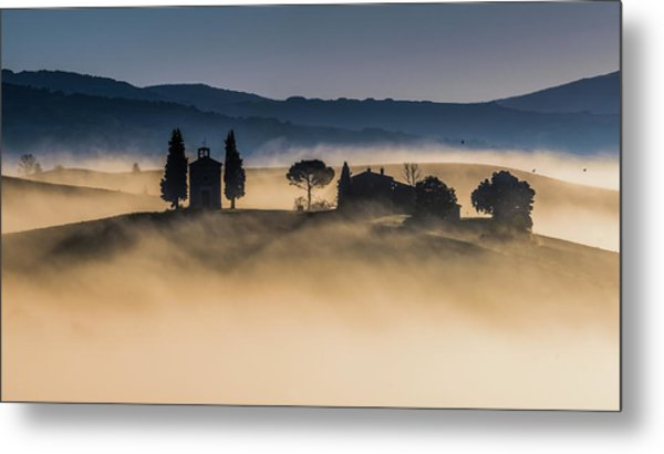 Foggy Dawn In Val D'orcia Metal Print