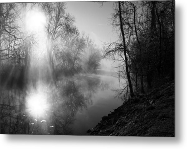 Foggy Misty Morning Sunrise On James River Metal Print