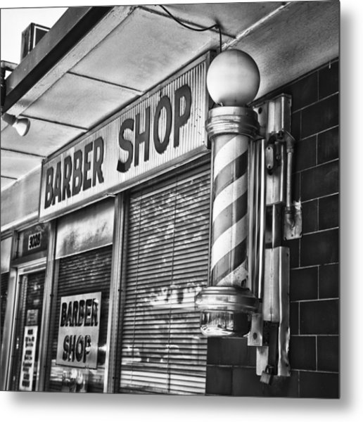 Fox\'s Barber Shop Black And White Photograph by David Waldo