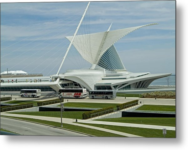 Front View Milwaukee Art Museum Metal Print by Devinder Sangha