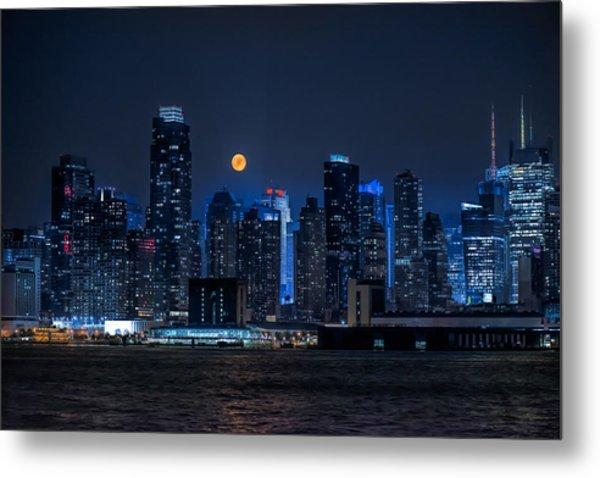 Full Moon Over New York City Metal Print