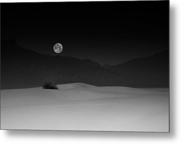 Full Moon Over White Sands Metal Print