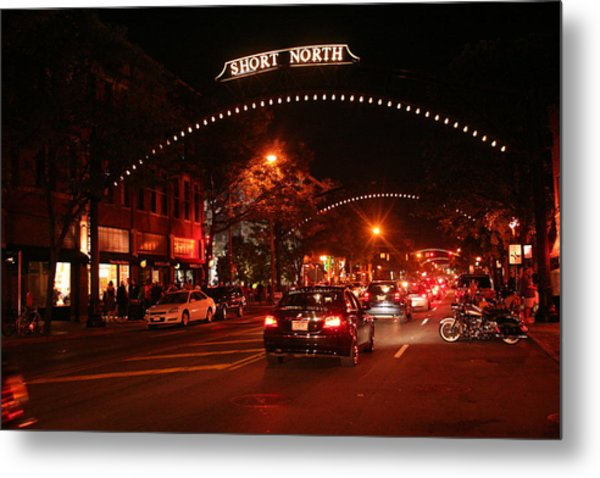 Gallery Hop In The Short North Metal Print