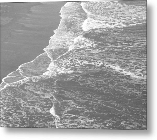 Galveston Tide In Grayscale Metal Print