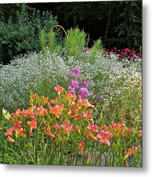 Gardens 101 Metal Print by Patsy Pratt