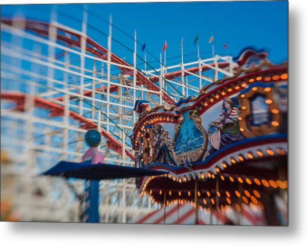 Giant Dipper Goes Round Metal Print