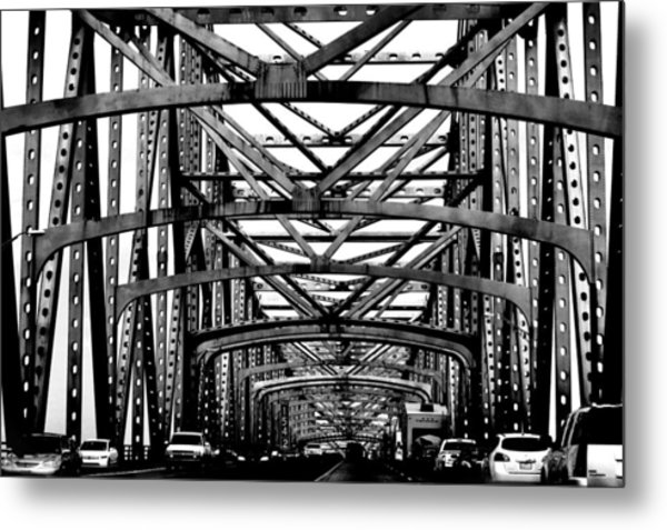 Girders Over The Mississippi In Black And White Metal Print