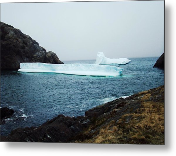 Glacial Beauty Metal Print