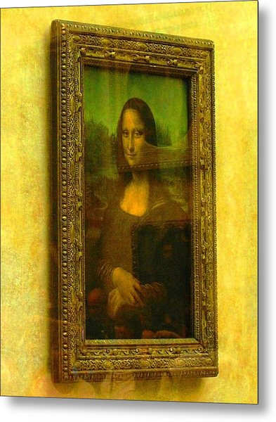 Glance At Mona Lisa Metal Print