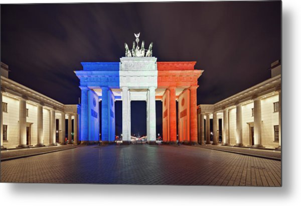 Global Reaction To Paris Terror Attacks Metal Print by Ricowde