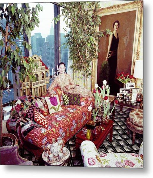 Gloria Vanderbilt In Her Living Room Metal Print by Horst P. Horst