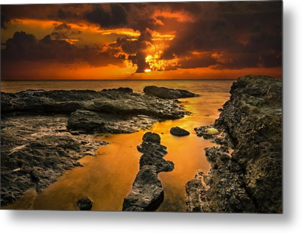 Golden Kailua Beach Sunrise In Oahu Metal Print