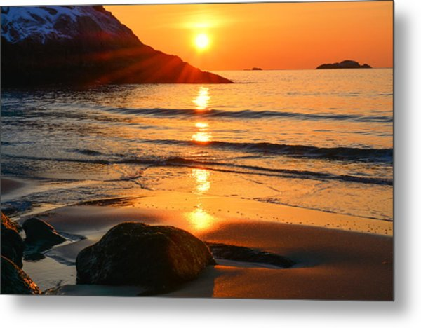 Metal Print featuring the photograph Golden Morning Singing Beach by Michael Hubley