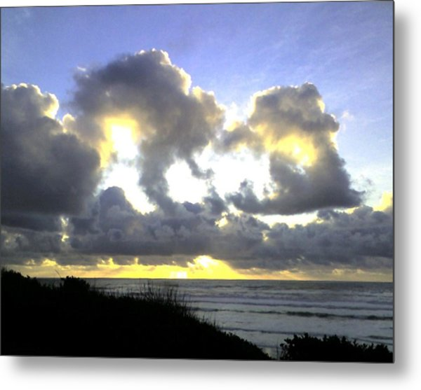 Golden Ray Metal Print