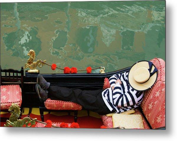 Gondolier Resting In Gondola Metal Print