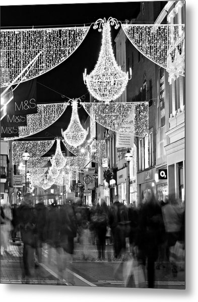 Metal Print featuring the photograph Grafton Street At Christmas / Dublin by Barry O Carroll