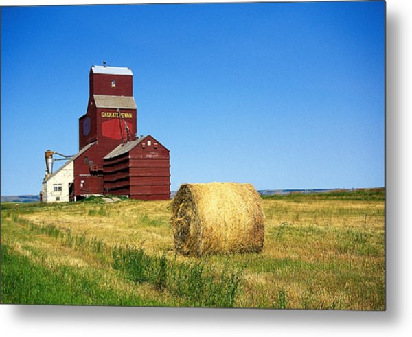 Grain Silo Saskatchewan Metal Print by Buddy Mays