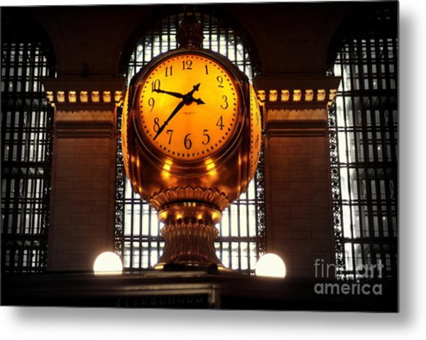 Grand Old Clock At Grand Central Station - Front Metal Print