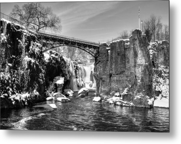 Great Falls In The Winter Metal Print
