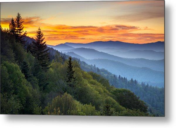 Great Smoky Mountains National Park - Morning Haze At Oconaluftee Metal Print