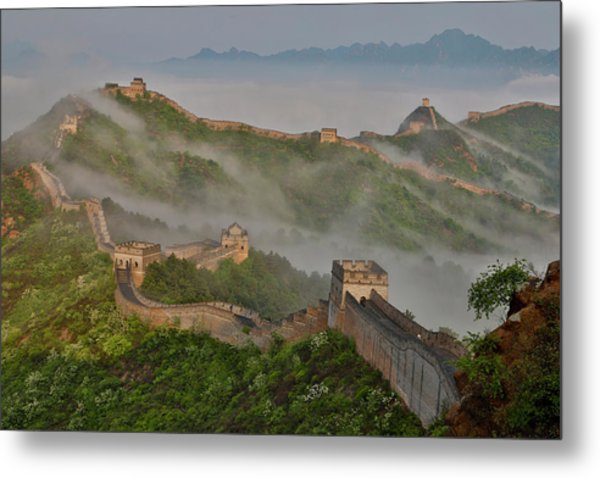 Great Wall Of China On A Foggy Morning Metal Print by Darrell Gulin