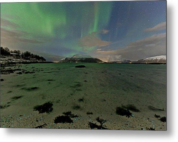 Green Sky Over The Beach Metal Print by Frank Olsen
