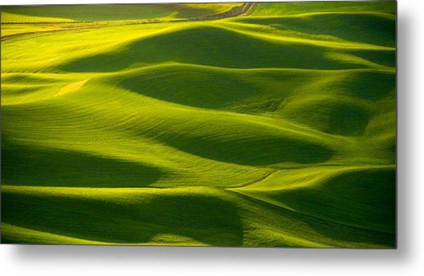 Green Waves Metal Print