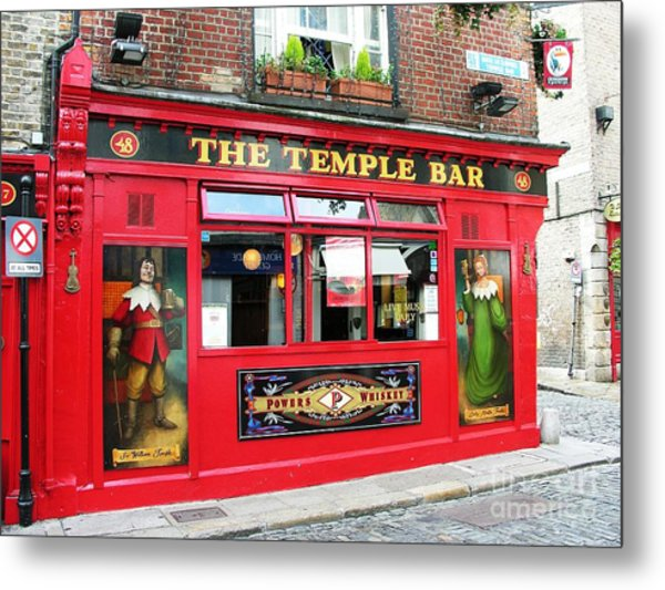 Metal Print featuring the photograph Guinness Is Good For You by Mel Steinhauer