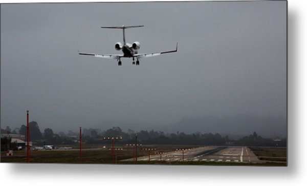 Gulfstream Approach Metal Print