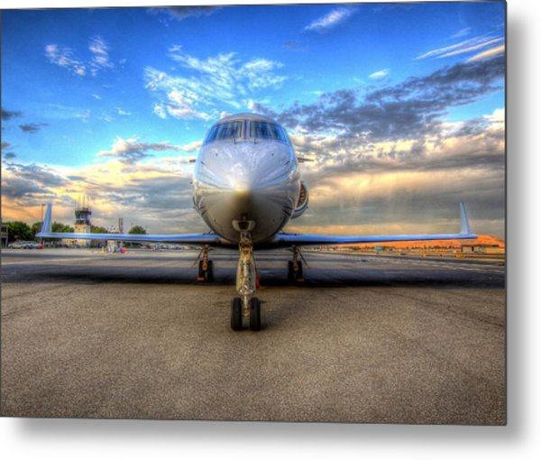 Gulfstream Gx450 At Livermore Klvk With Virga Metal Print