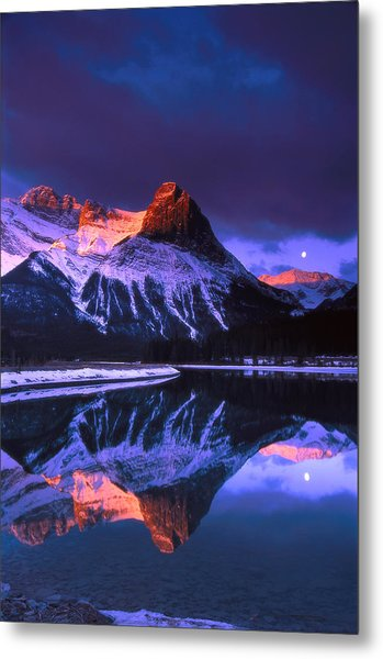 Ha-ling Peak And Full Moon Metal Print