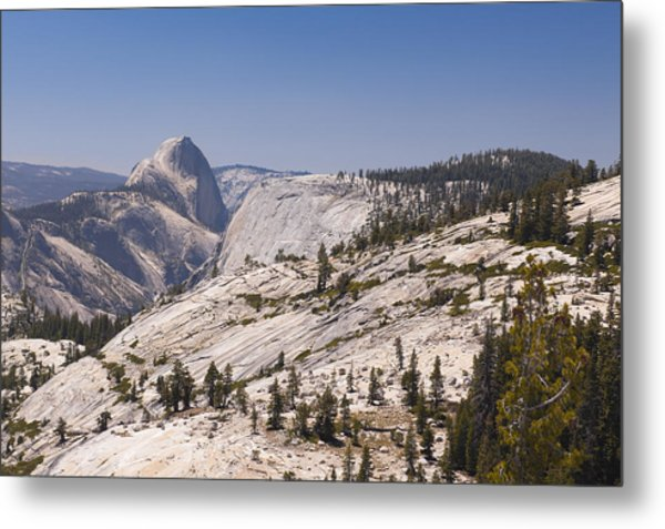 Half Dome And The High Sierra Metal Print by Richard Berry