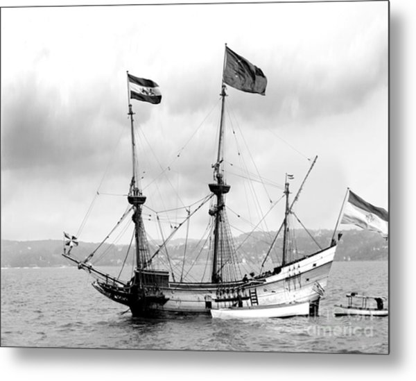 Half Moon Re-entered Hudson River After An Absence Of 300 Years In Black And White Metal Print