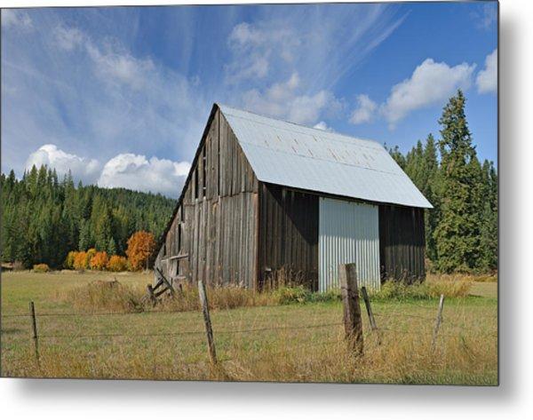 Hardy Creek Road Barn Metal Print