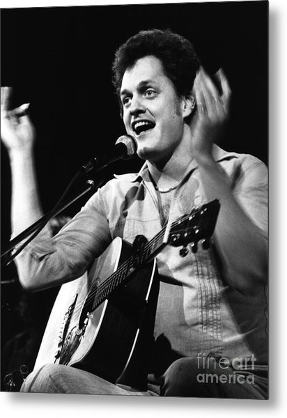 Harry Chapin 1977 Metal Print by Chris Walter