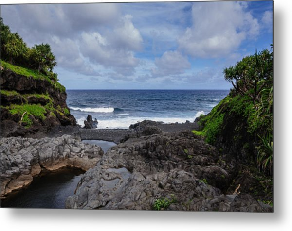 Hawaiian Surf Metal Print