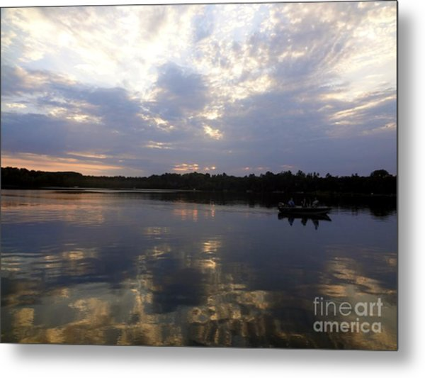Heading Home On Lake Roosevelt In Outing Minnesota Metal Print