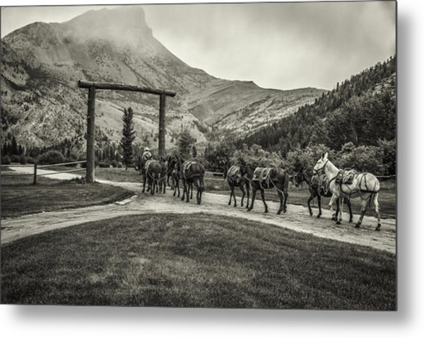 Heading Into The Mountains Metal Print