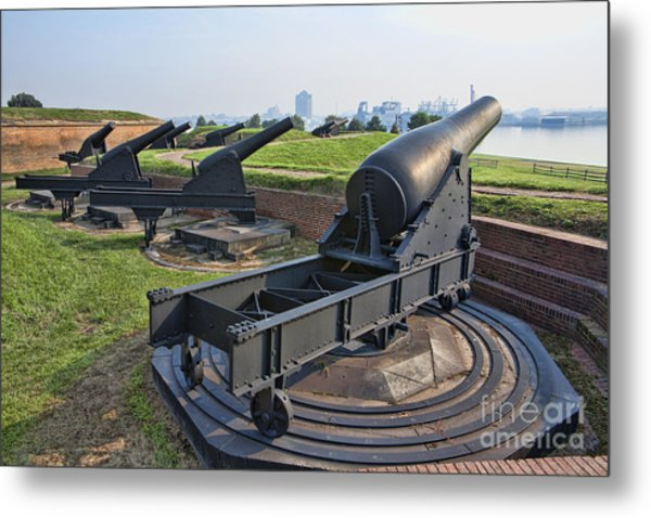 Heavy Cannon At Fort Mchenry In Baltimore Maryland Metal Print by William Kuta
